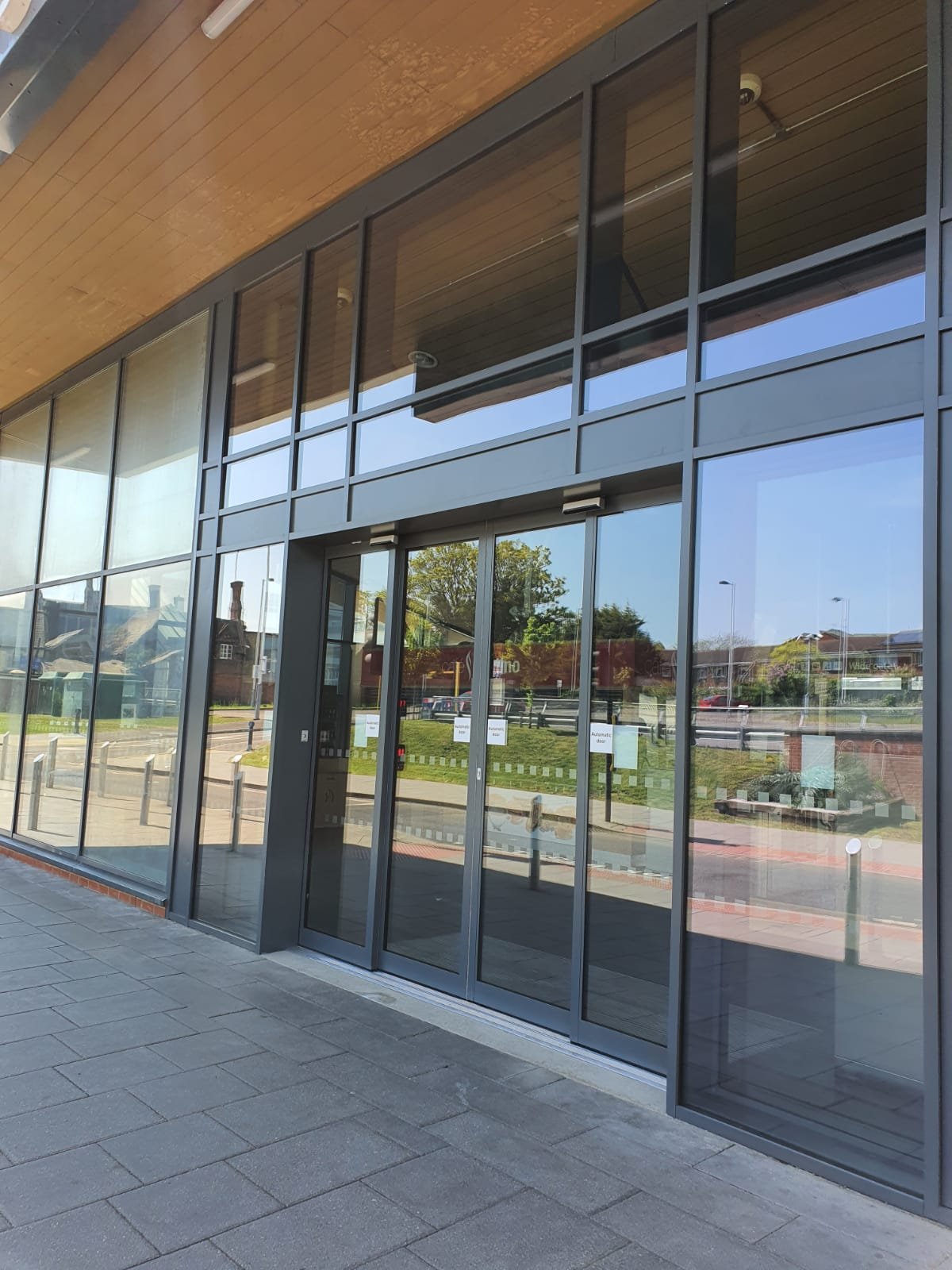 Curtain wall and auto doors at Wokingham train station
